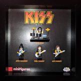 KISS LEGO<sup>®</sup> Minifigures